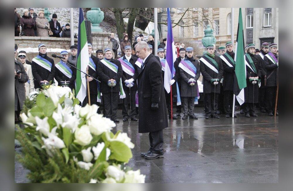 FOTOD: Võidusamba jalamil meenutati Vabadussõja relvarahu