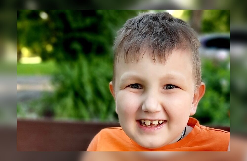 Ulata abikäsi! 7-aastane ajukasvajaga Artjom palub heade inimeste abi, et pääseda Peterburi kiiritusravile