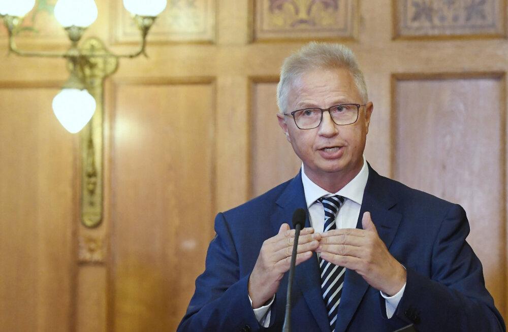 Rumeenia ja Ungari eurovolinikukandidaatidele said saatuslikuks kahtlased laenud ja sidemed Venemaaga