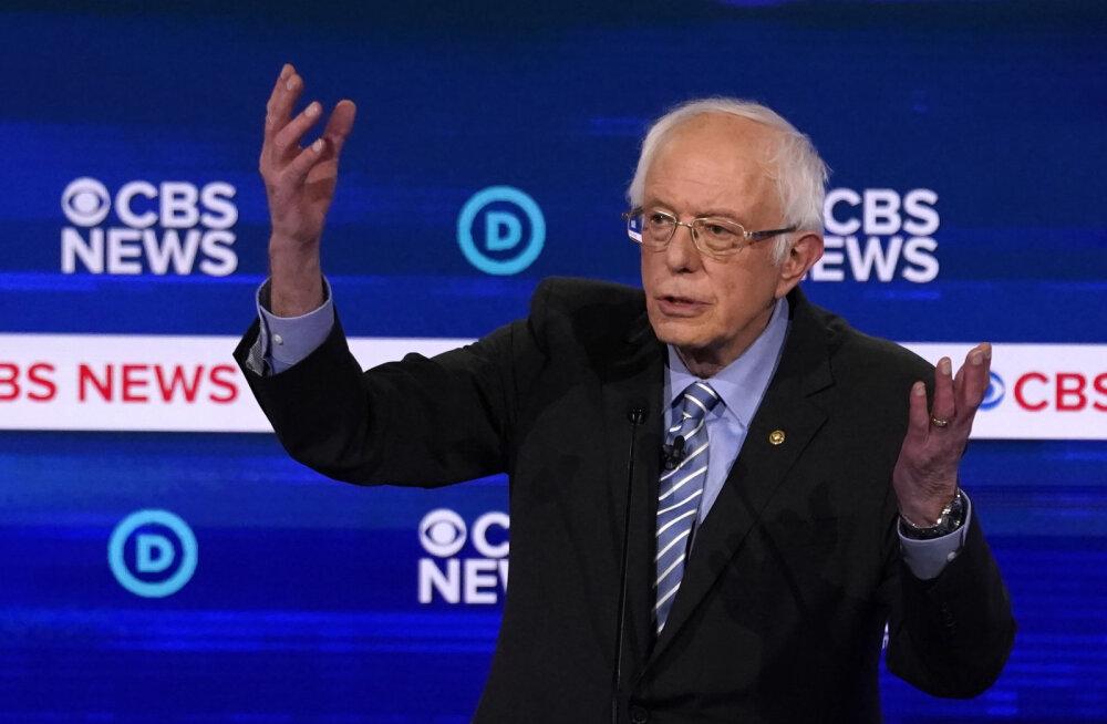 USA demokraatide presidendivalimiste debatil materdati ühiselt liidrikohal olevat Sandersit