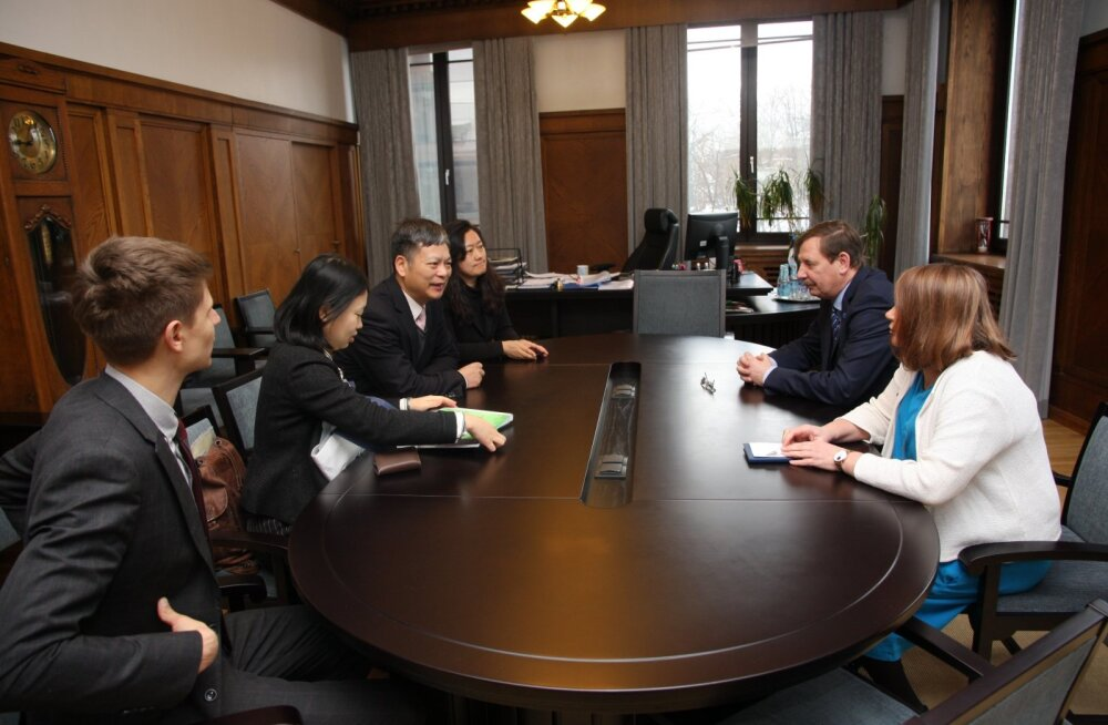 Таави Аас и генеральный секретарь сети туристических городов WTCF Ли Баочунь обсудили возможности развития туризма