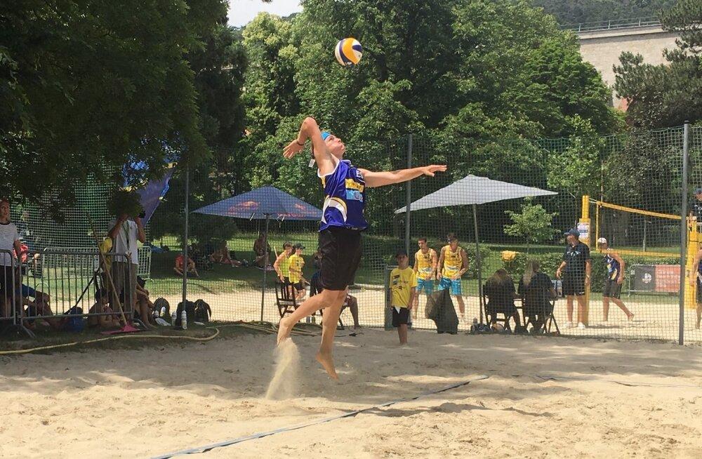 Eestlased jõudsid rannavõrkpalli U18 EMil veerandfinaali