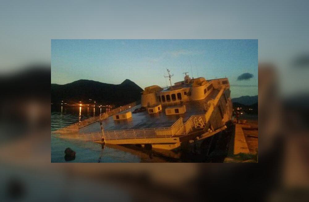 Kunagi Tallinkile kuulunud laev läks Venezuelas sadamas põhja