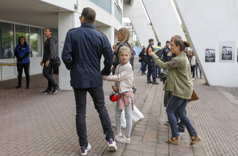 Rootsis uuriti, kuidas võis 7-aastane printsess alla 13 keelatud olnud kontserdil käia