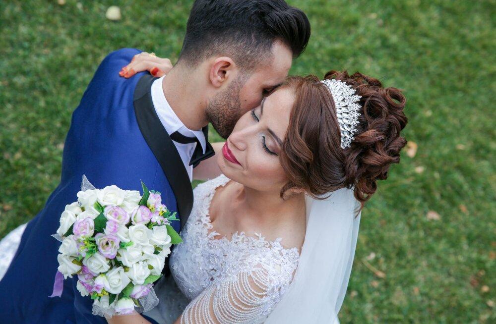 Suvel abielluv pruut: anna andeks, aga sinu lapsed pole mu pulma oodatud, sest see on ikkagi MINU päev