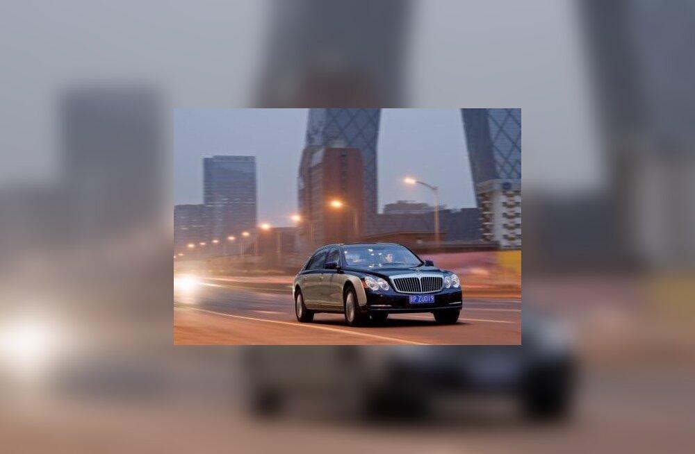 Ametnikele võib edaspidi isikliku autoga tehtud lähetuse kulu piiranguteta hüvitada