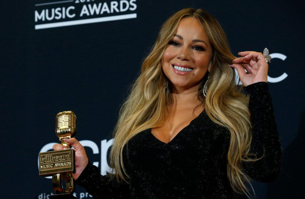 KLÕPS | 49aastane Mariah Carey näitab vastupandamatut vormi