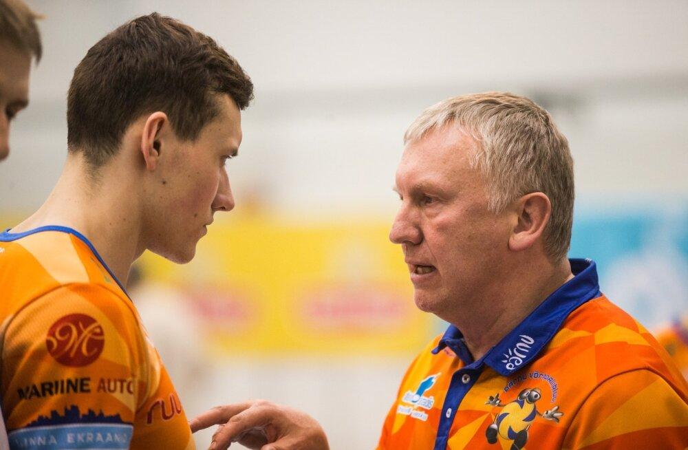 Avo Keel (vasakul) juhendab nüüd lätlast Toms Švānsi (paremal) nii Pärnu klubis kui ka Läti koondises.
