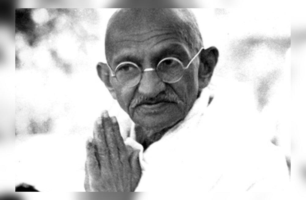Alkeemia lugemisnurk. Mahatma Gandhi: Sallivus annab meile vaimset tarkust, mis on fanatismist niisama kaugel kui põhjanaba lõunanabast