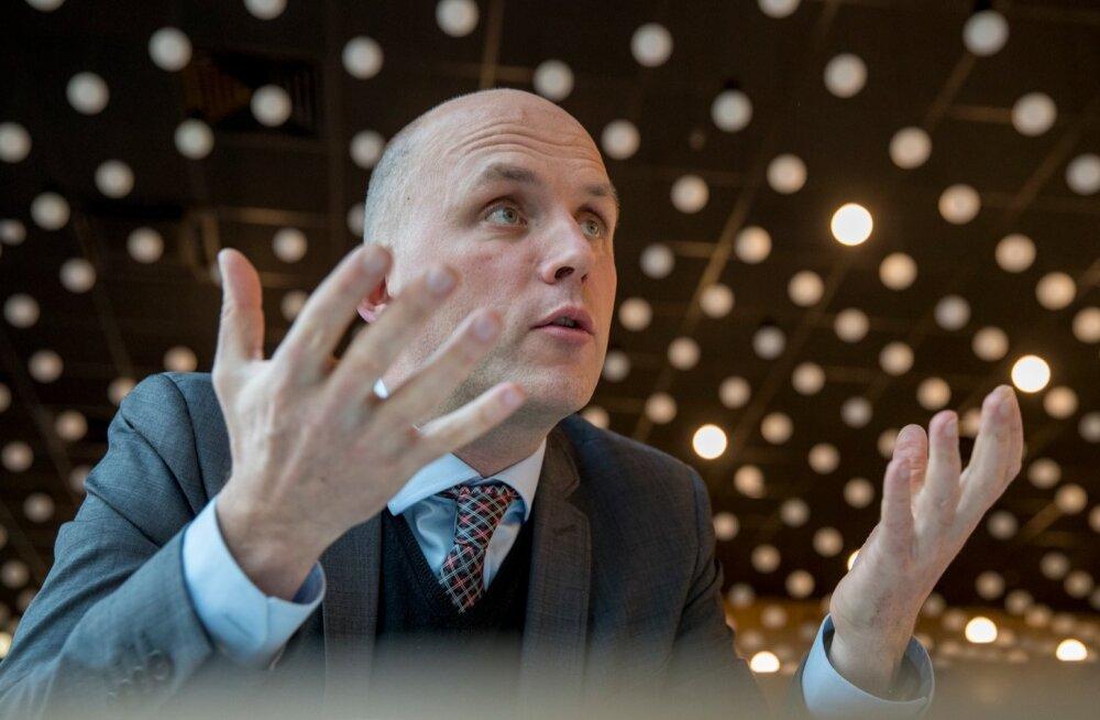 Mitu tugevat spetsialisti kaotanud RIA peadirektor Taimar Peterkop tunnistab, et IT-sektoris on eraettevõtete pakutava palgaga keeruline konkureerida.