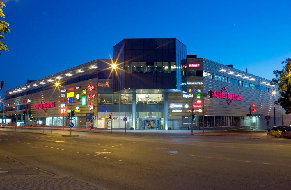 Efteni fond ostis Toomas Annuse Šiauliai kaubanduskeskuse