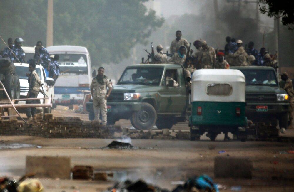 Sudaani sõjavägi tühistas kokkulepped opositsiooniga ja kuulutas välja valimised