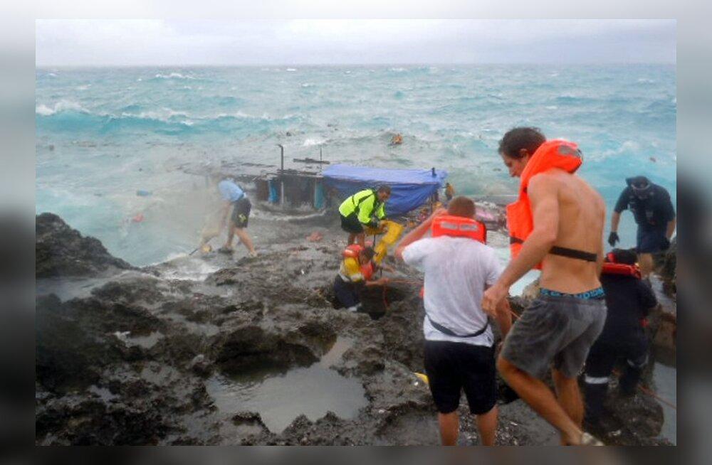 Austraalia saare lähedal uppus vähemalt 13 inimest