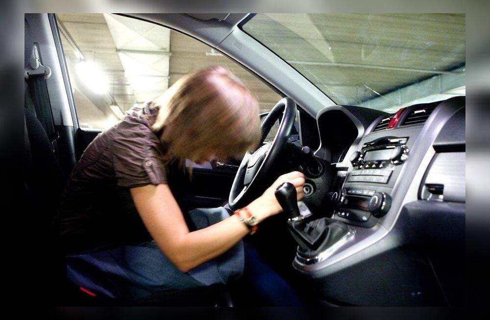 Unine autojuht on sama ohtlik kui joobes roolikeeraja!