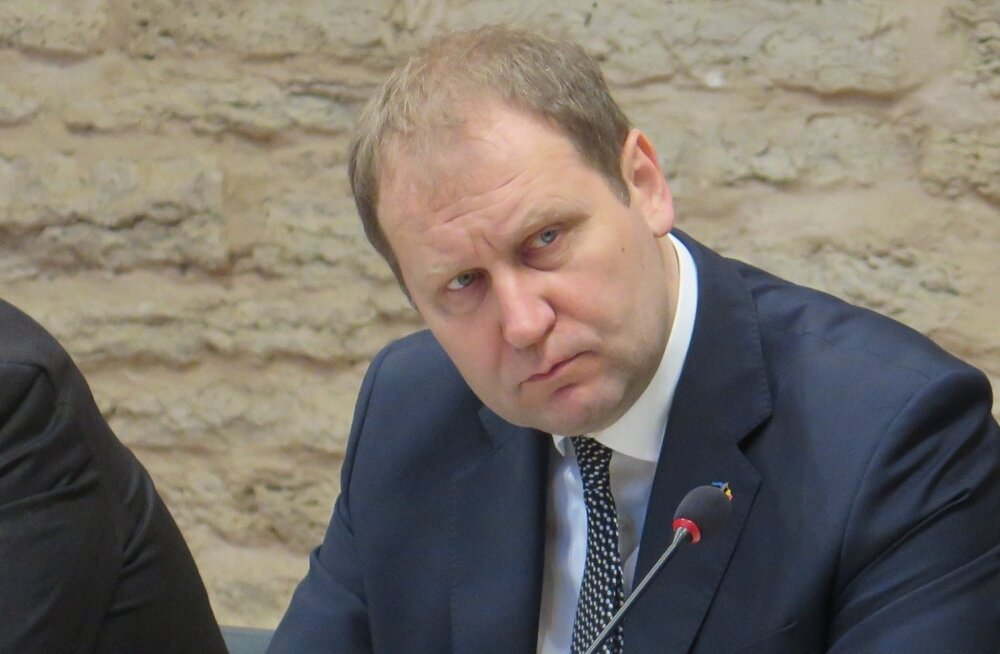 После вмешательства министра департамент закажет анализ биодобавки Cellfood