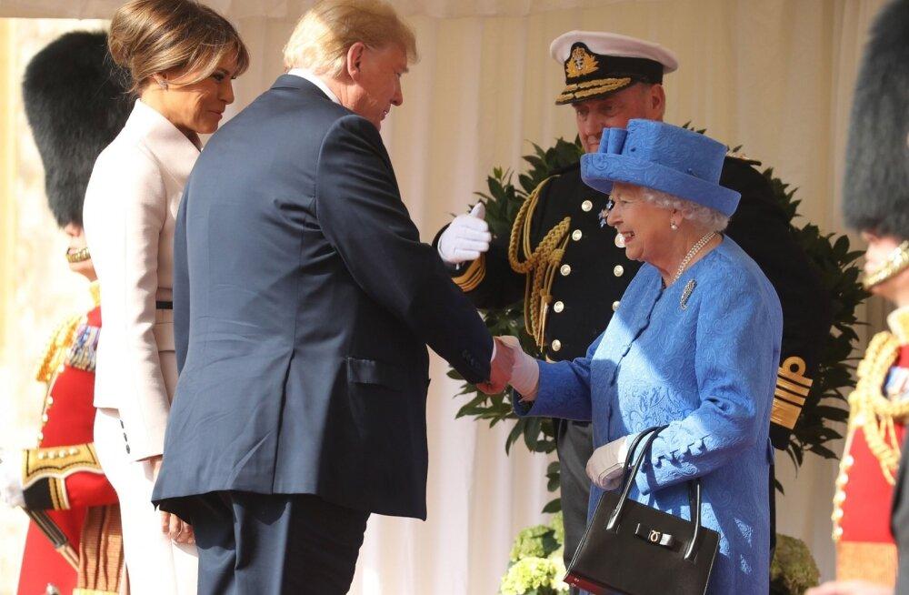 FOTOD | Donald Trump käis kuninganna Elizabeth II-ga teed joomas