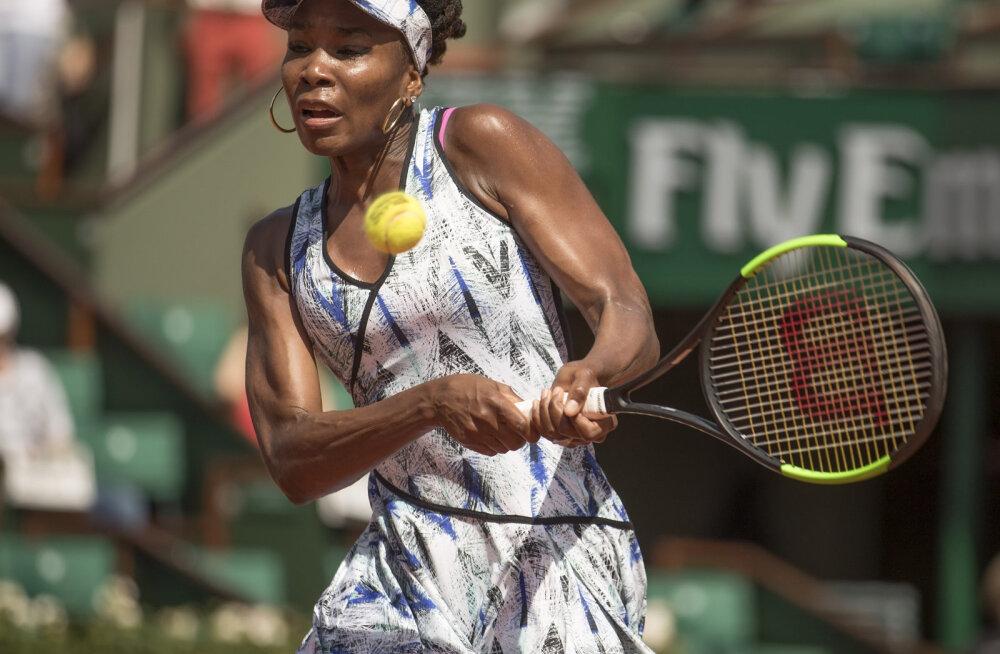 Venus Williams tunneb ennast hukkunuga lõppenud autoavarii pärast kohtuvalt