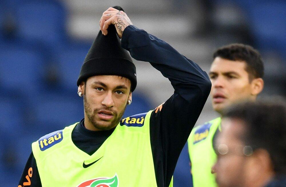 Prantsusmaa liiga ei paku Neymarile enam pinget. Varsti jälle klubivahetus?