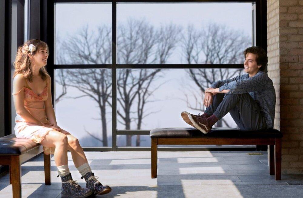 """""""Kolm sammu Sinuni"""" - päriselulisest tragöödiast lähtuv armastusfilm"""