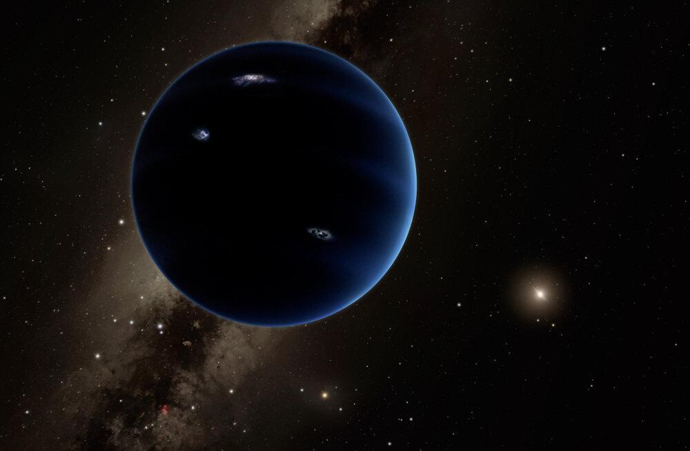 Äsja avastatud väike taevakeha toetab hüpoteesi, et Päikesesüsteemis on üheksas planeet