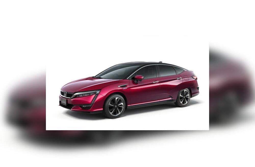 Kütuseelementidel töötavate autode võidukäik alaku: Honda näitas Clarity Fuel Celli