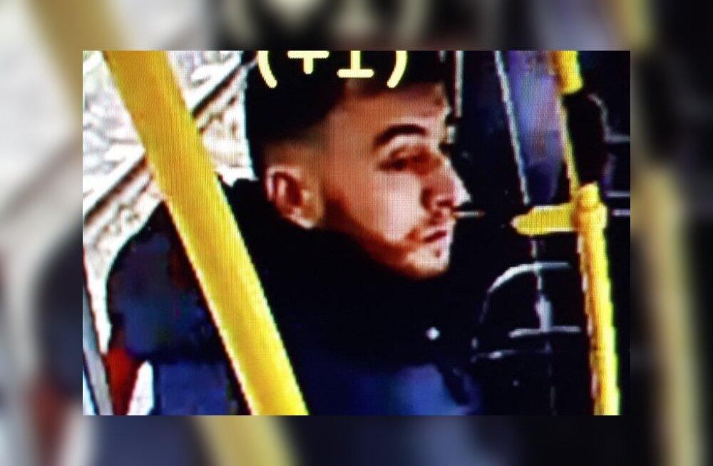 Hollandis trammis kolm inimest maha lasknud mees peeti kinni