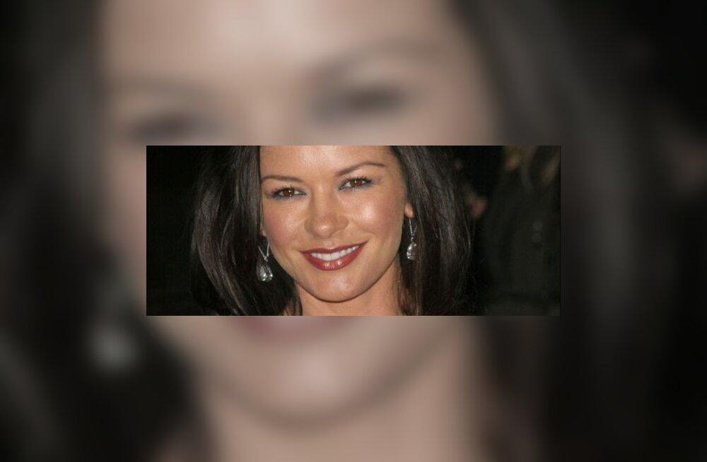 II koht: Catherine Zeta- Jones