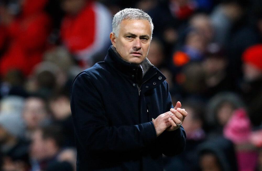 Jose Mourinho soovib juhendada rahvuskoondist