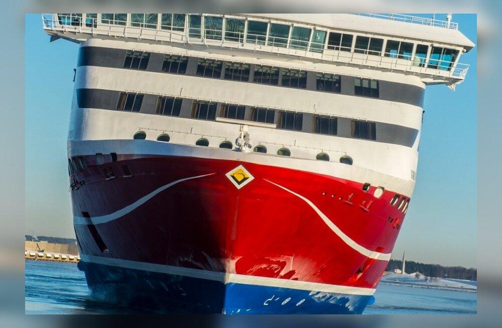Tallinnast väljunud Viking Line`i laevalt märgati jälle allveelaeva
