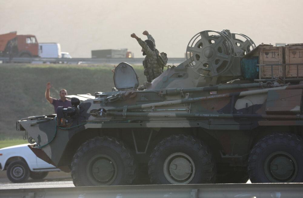 В Азербайджане объявили частичную мобилизацию. Минобороны показало видео боевых действий