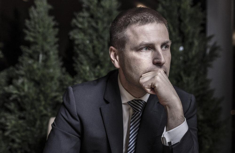 Oma aegade suurimas karjääritormituules siplev Hanno Pevkur ei mõista tema vastu suunatud erakonnasisest intriigi