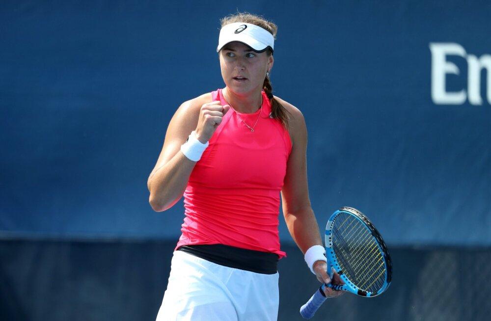 Eesti juurtega Rootsi tennisist loobus nimeka treeneri teenetest