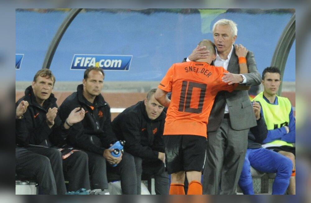 Hollandi peatreener van Marwijk loobub koondise juhendamisest
