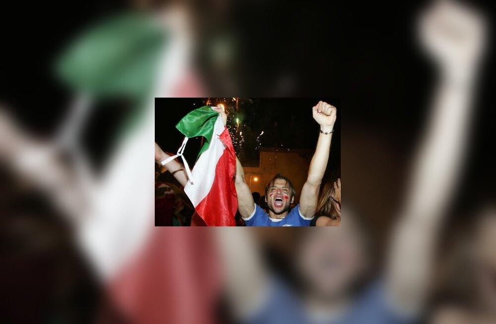 Juubeldav Itaalia jalgpallifänn