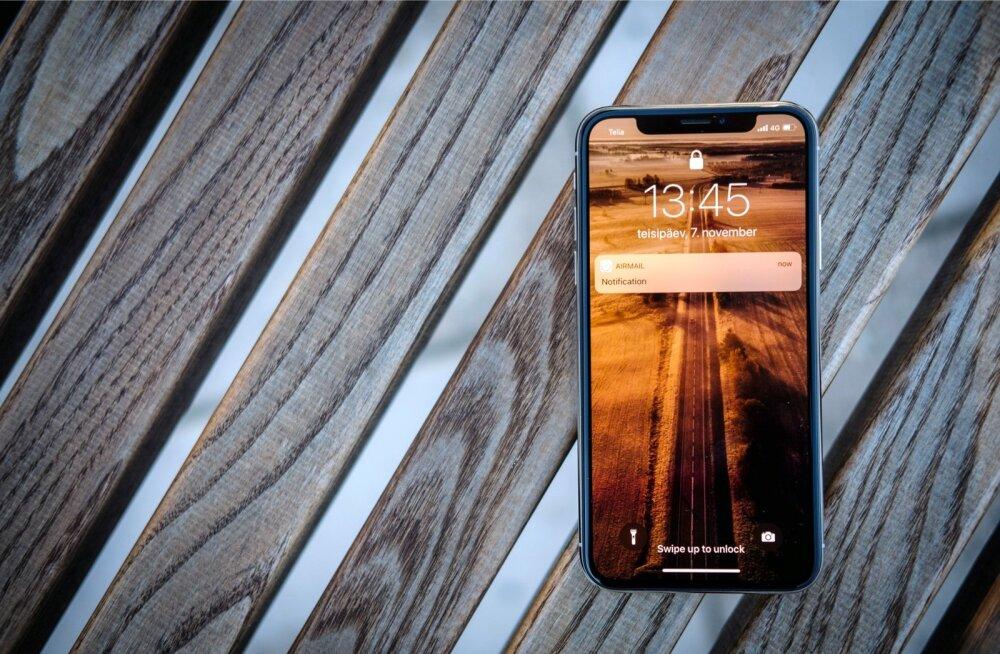 64-gigabaidise mälumahuga iPhone X maksab nii Tele 2, Elisa kui ka Telia poes 1049 eurot.