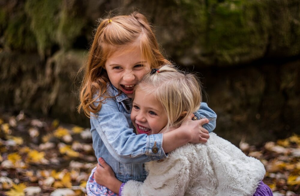 Pereterapeut hoiatab: kui paned pere vanima lapse nooremate eest hoolitsema, siis...
