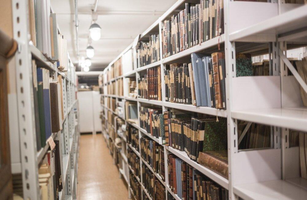 Kirjandusmuuseumis 07.09
