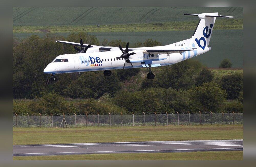 Авиаперелеты становятся для пассажиров все дороже и обременительнее