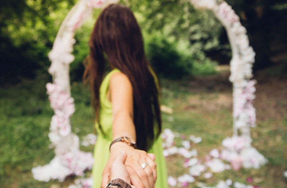 """Lugeja armastuse lugu: mu peast liikusid läbi kõik mõtted, miks praegune hetk ei olnud sobiv ja siis ma ütlesin """"jah"""""""