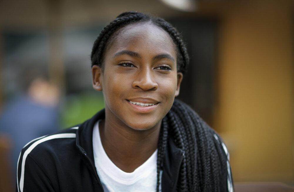 15-aastane Wimbledoni sensatsioon tegi maailma edetabelis ülivõimsa tõusu
