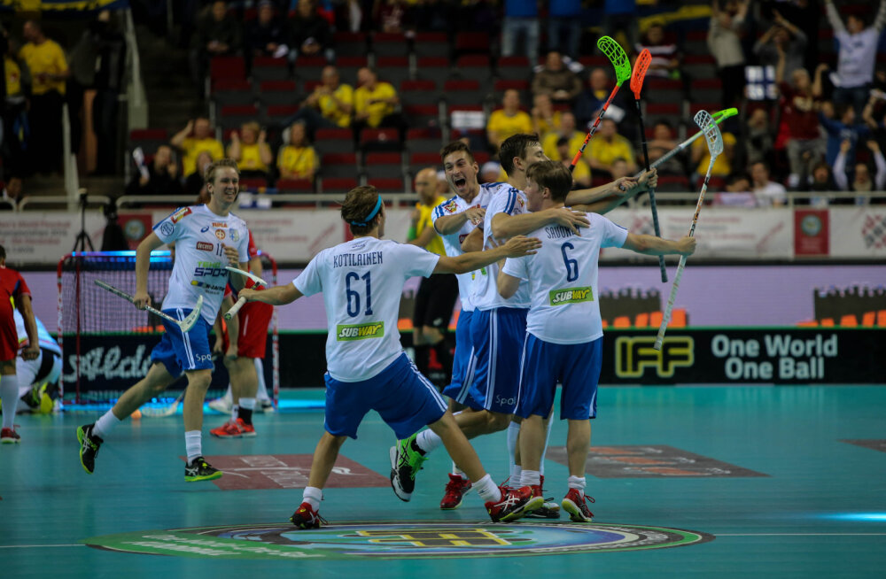 Draama saalihoki MM-il: 7 sekundit enne lõppu visatud värav viis Soome finaali