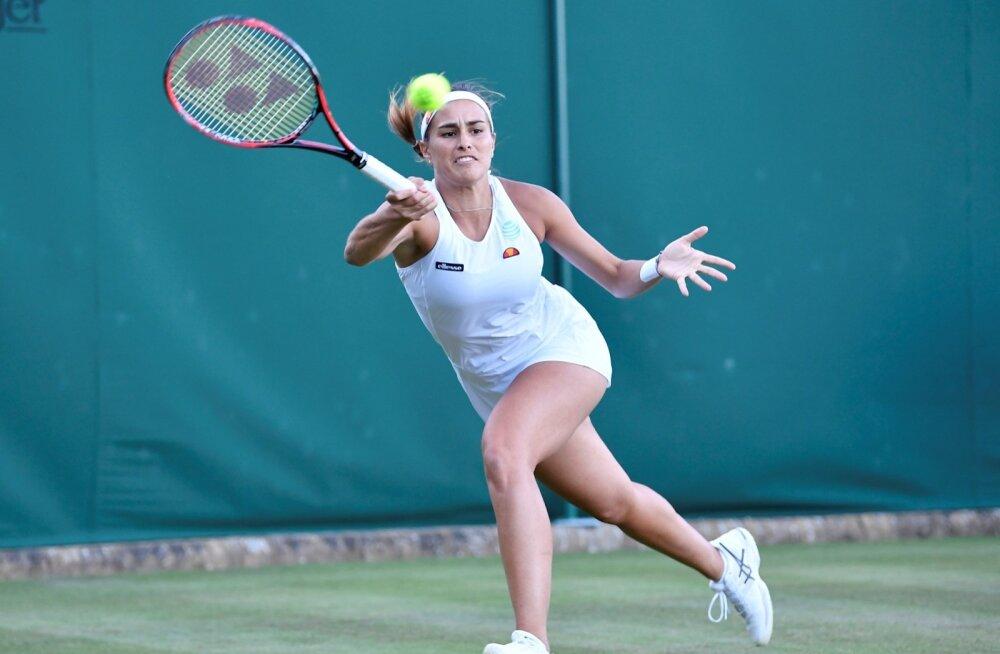 Monica Puigi jaoks on Wimbledoni turniir lõppenud nii paaris- kui ka üksikmängus.