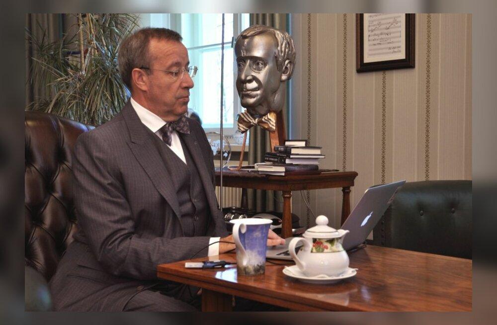 Toomas Hendrik Ilves annab e-häält