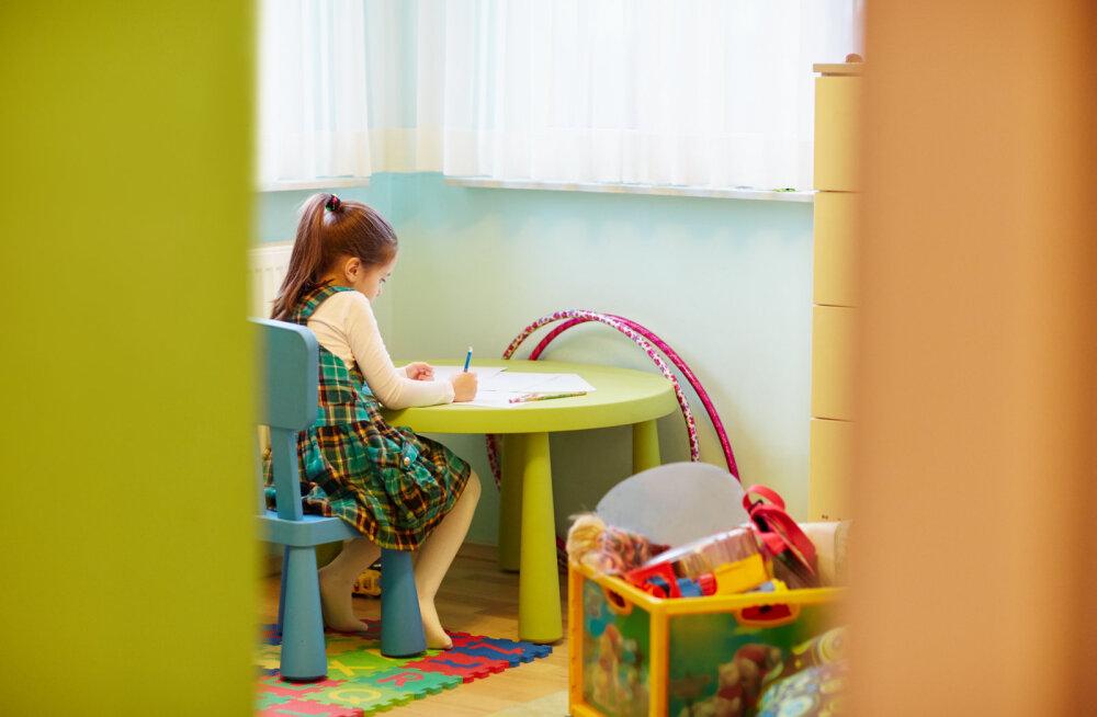Lastekodus kasvanud naine: soovisin, et mind oleks rohkem armastatud ja kuulatud, aga see ei kottinud kedagi