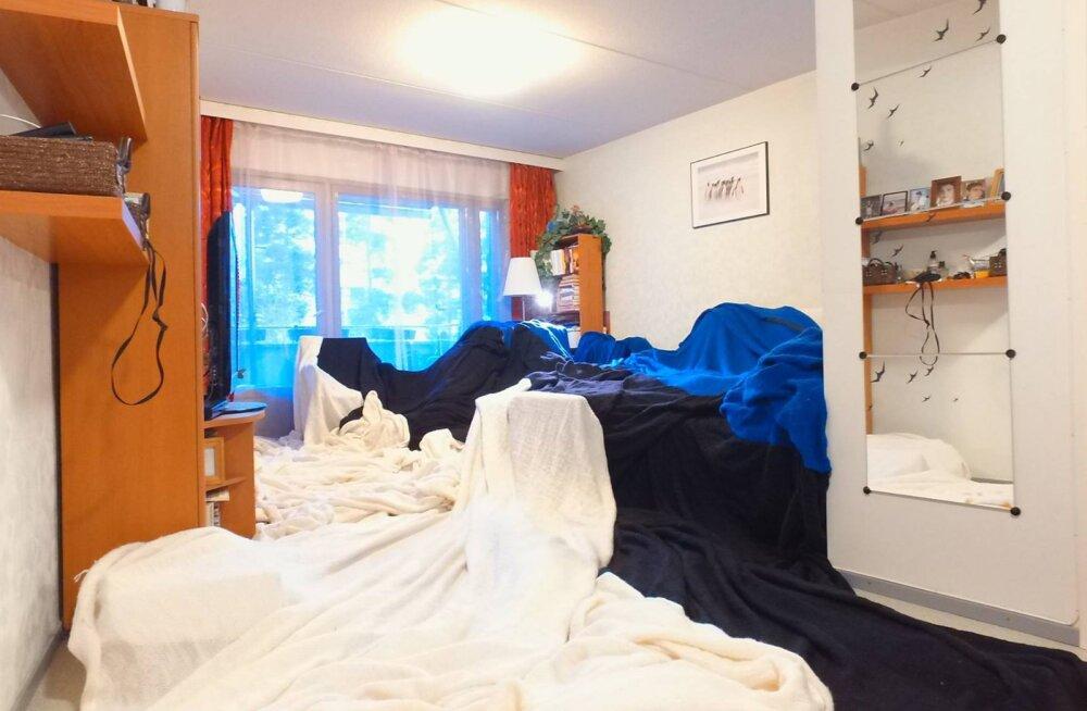 3000 töötundi ja 140 kilomeetrit lõnga: Mees kudus 160-ruutmeetrise Eesti lipu