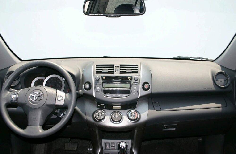 Toyota RAV4 2009 6