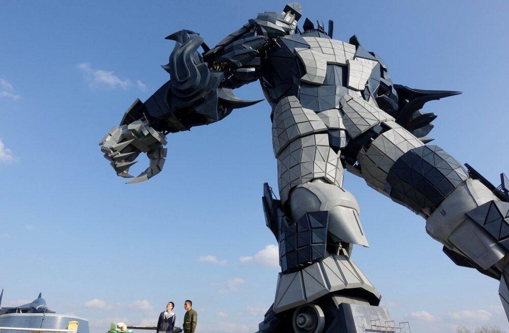 Hiina laskemoonatööstuse töötajatest on nüüd veerand robotid