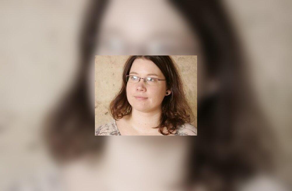 Voldemar Panso preemia sai Diana Leesalu