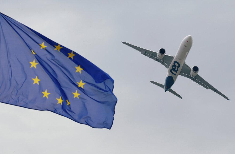 """Франция вводит """"экологический"""" налог для авиапассажиров"""