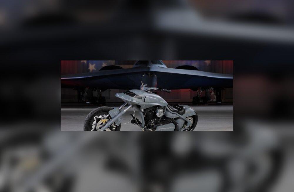 Pommitaja sünnipäevaks valmistati <i>chopper</i>